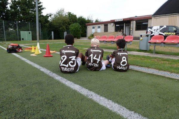 Tyrese, Anton und Marlo beim Sitzstreik